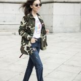 Winter 2017 Trends: Military Jacket + Embroidered Jeans / Tendencias Invierno 2017: Chaqueta Militar + Vaqueros Bordados